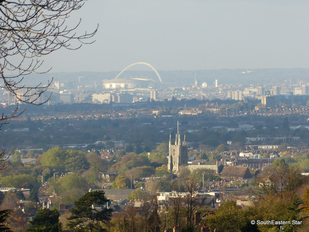 Croydon Minster & Wembley Stadium | From the top of Elmfield ...
