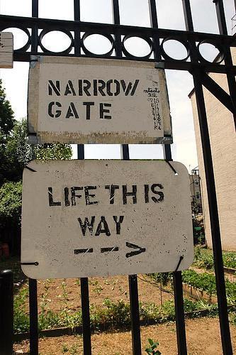 The Narrow Gate Matthew 7 13 14 New International