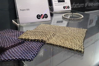 Super intricate titanium 3d printed fabric (spherical chain mail links) | by andrewsharmon
