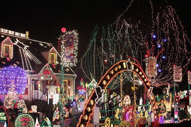 Tacky Light Tour Schedule And House List