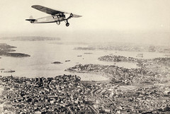 Early mail flight over Sydney - circa 1930