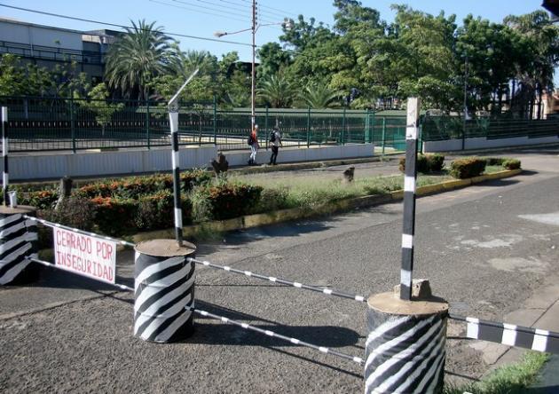 Cierre de la Avenida en la urbanización Ikabarú, generará el colapso en el Paseo Caroní en Puerto Or...
