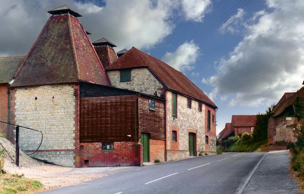 Hampshire Oast Houses At Binstead An Oast Oast House Or