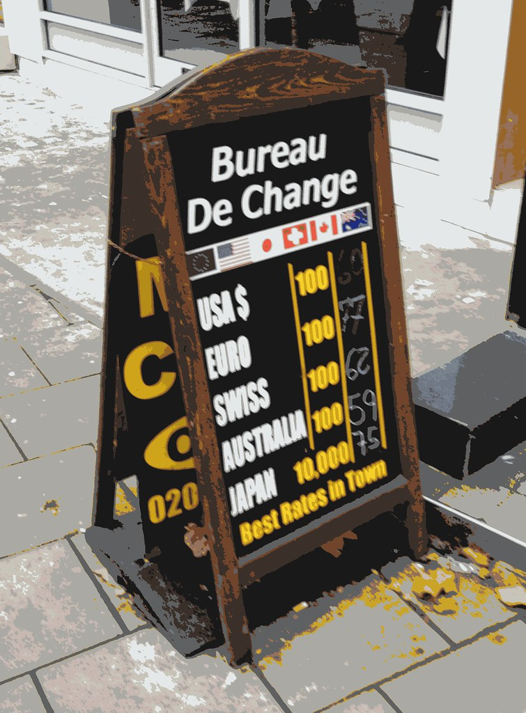 Bureau de change rate blackboard king 39 s cross london 12th for Bureau change