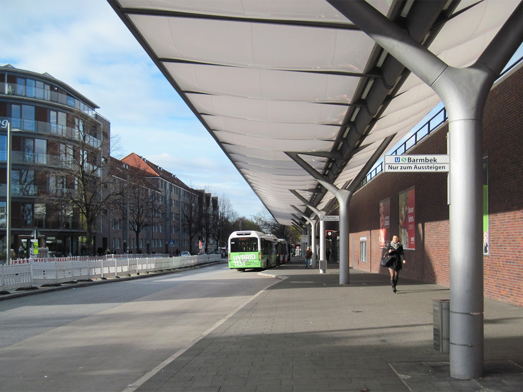 hamburg barmbek nord central bus station die. Black Bedroom Furniture Sets. Home Design Ideas