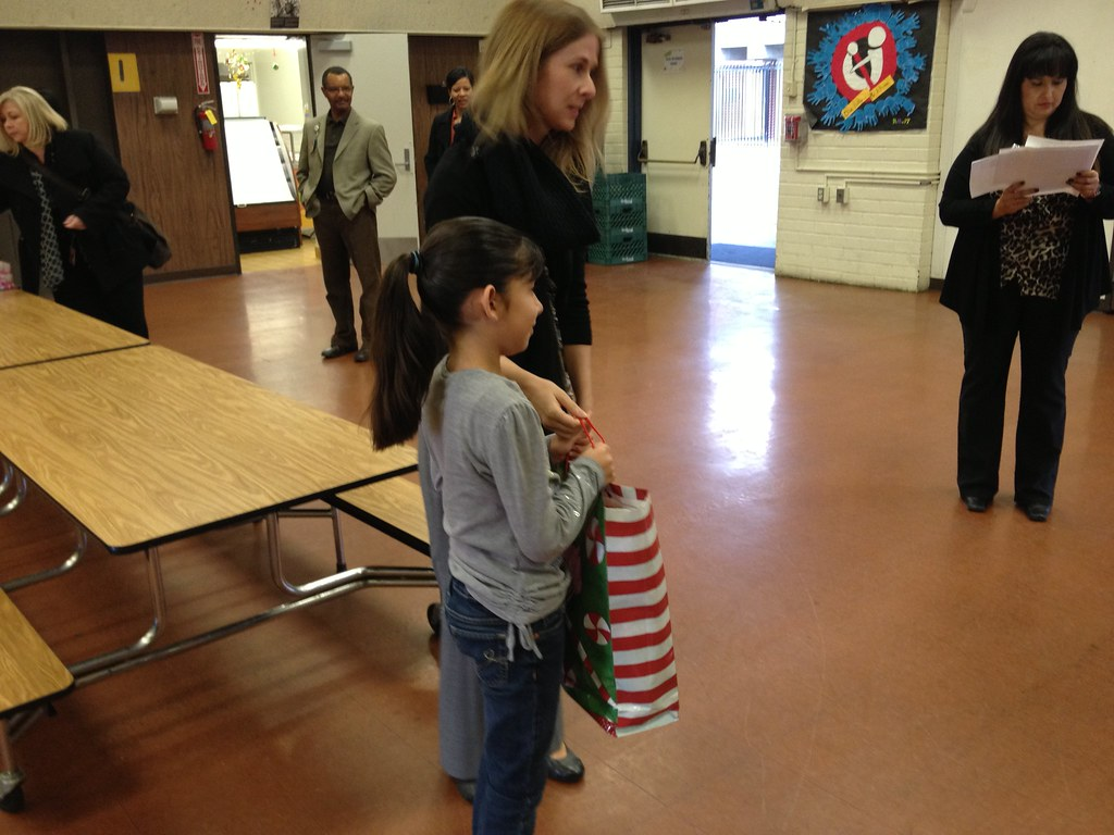 12 17 Sce Delivers Shoes To Bell Gardens School Kids Flickr