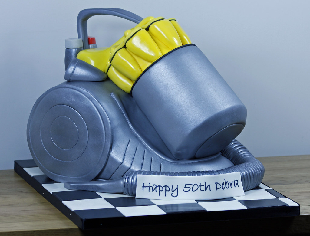 Dyson Hoover Cake One Of Last Weeks Cake And Can T Say I