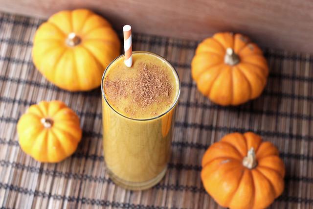 Butternut Squash Chai Smoothie - Gluten-free, Vegan + Sugar-free