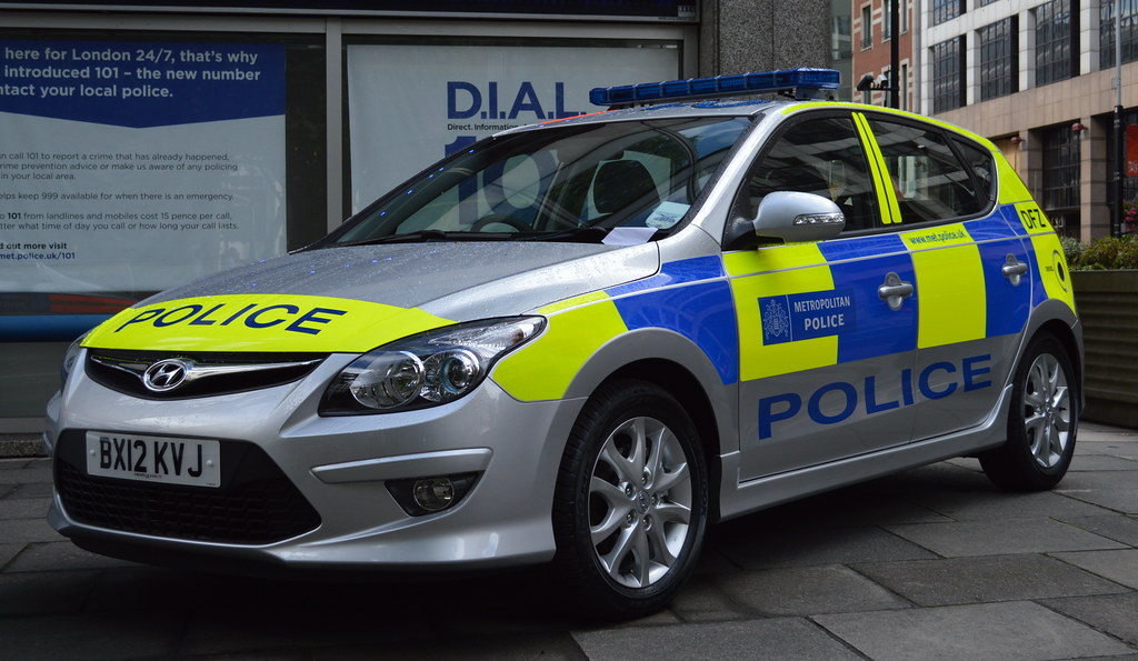 metropolitan police hyundai i30 incident response vehicl. Black Bedroom Furniture Sets. Home Design Ideas