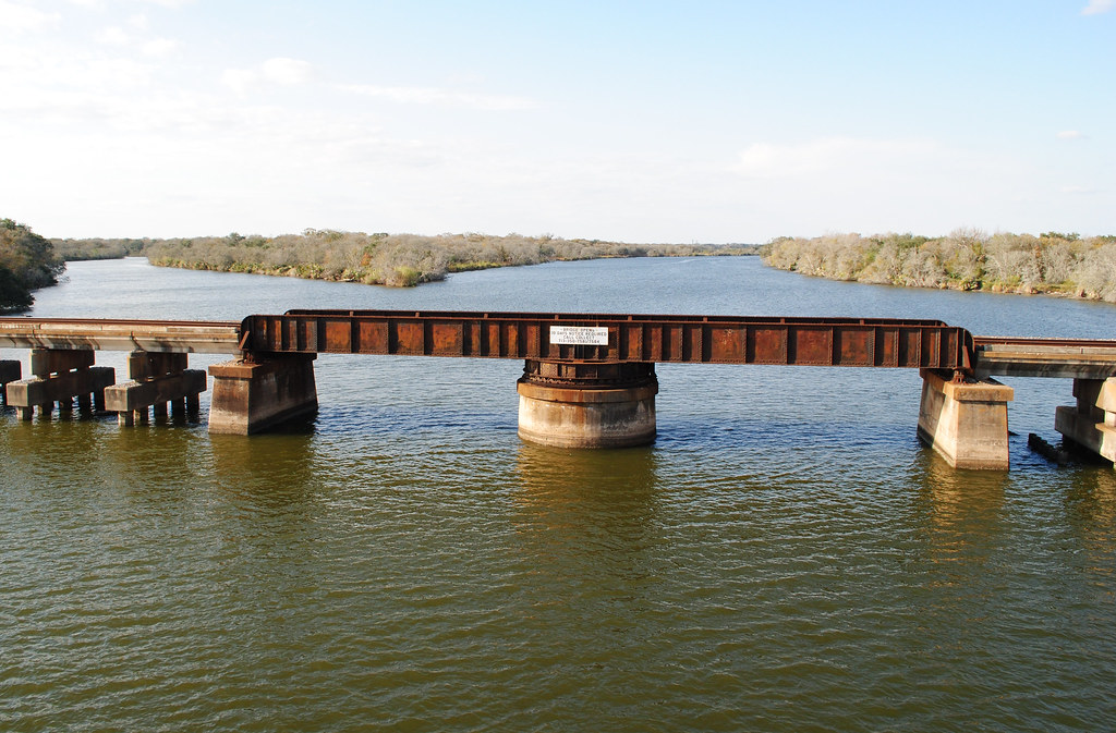 Union-Pacific Railroad Swing Bridge over Lavaca River, Lol ...