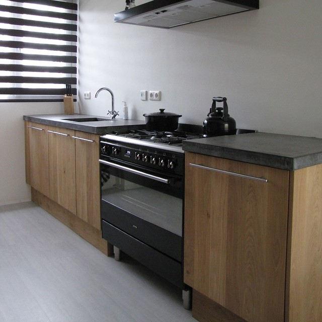 Keuken Eiken Beton : Massief eiken houten keuken met ikea keuken kasten door Koak design in