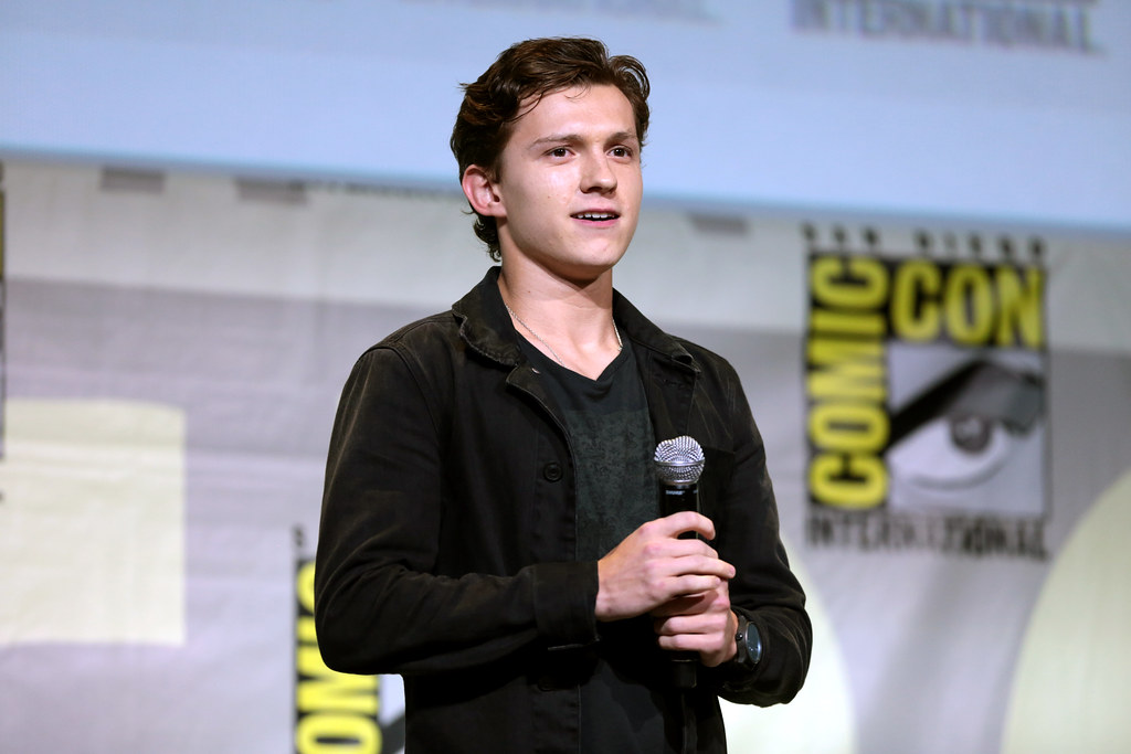Tom Holland | Tom Holland speaking at the 2016 San Diego ...