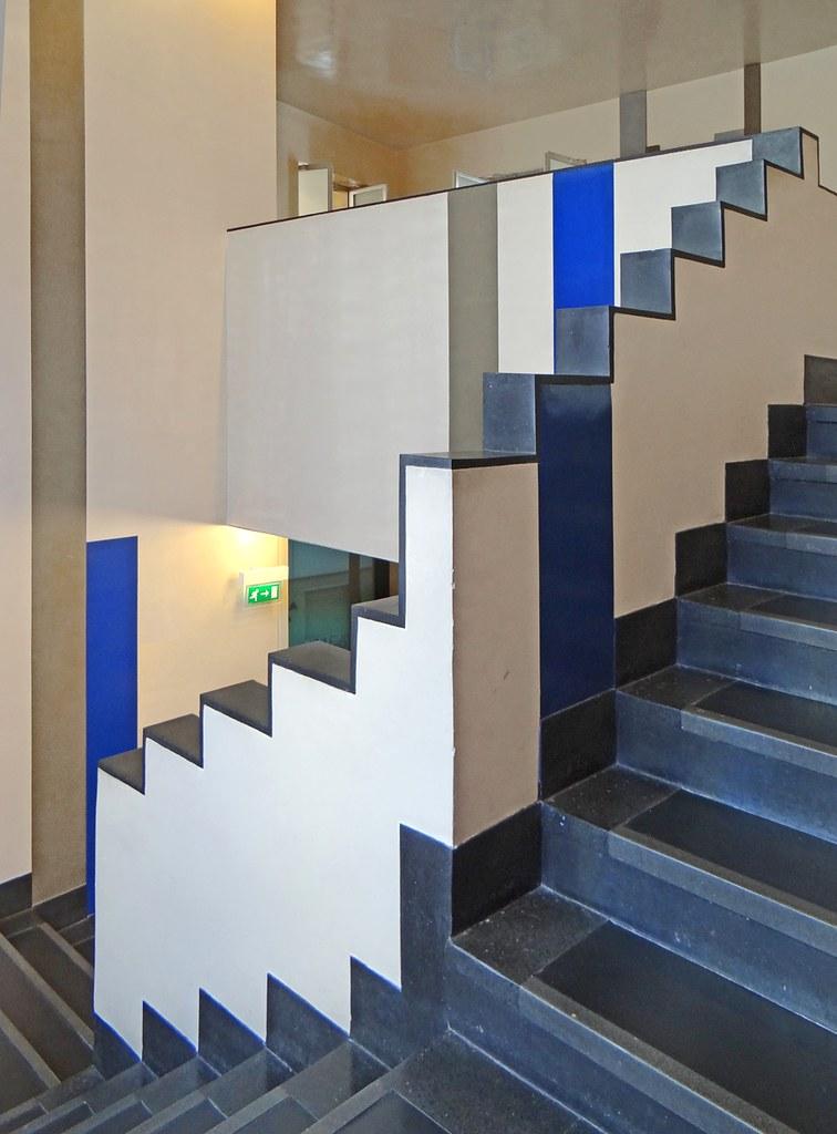L Escalier De L Aubette En 1928 Mus 233 Es De Strasbourg