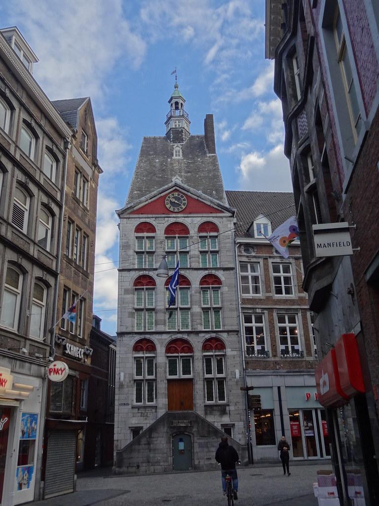 Dinghuis maastricht tourist information vvv meino mellink flickr - Maastricht mobel ...