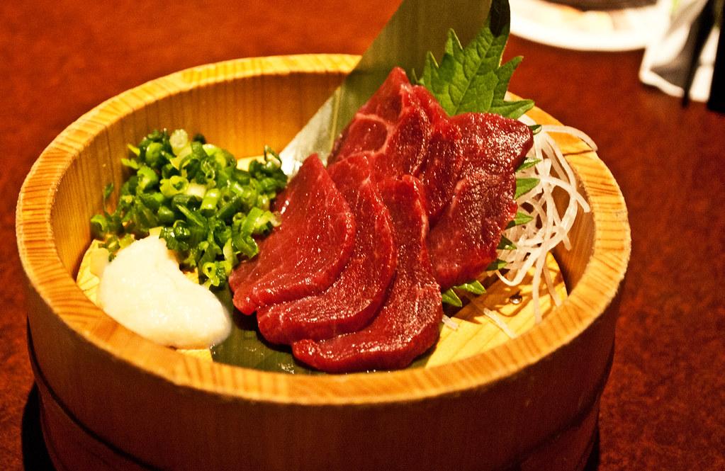 Basashi sashimi