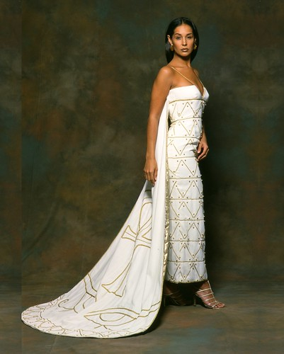 Therez Fleetwood Wedding Gowns
