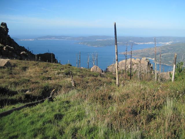 Desvío en la ruta de subida al monte Pindo