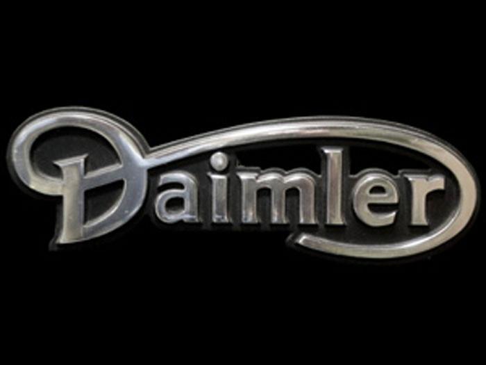 BCC3641 Jaguar Car Daimler Emblem   Flickr - Photo Sharing!: https://www.flickr.com/photos/davidmannersgroup/8271639961