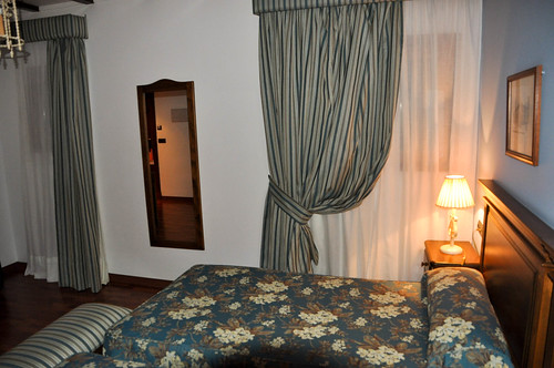Hotel bodega real el puerto de santa mar a detalle de hab flickr - Hotel bodega real el puerto ...
