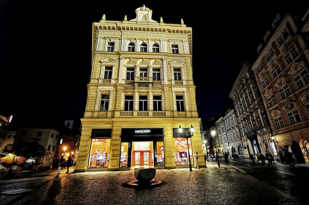 Ventana hotel prague the ventana hotel is an intimate for Modern hotel prague