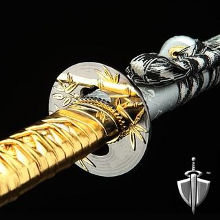Auway-samurai-sword-bamboo-tsuba-gold-1