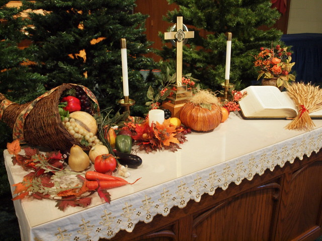 Thanksgiving altar decorations | simply mad about Claire ...