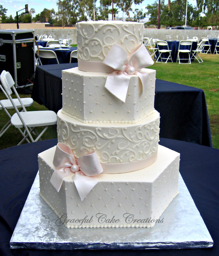 Hexagon And Round Wedding Cakes