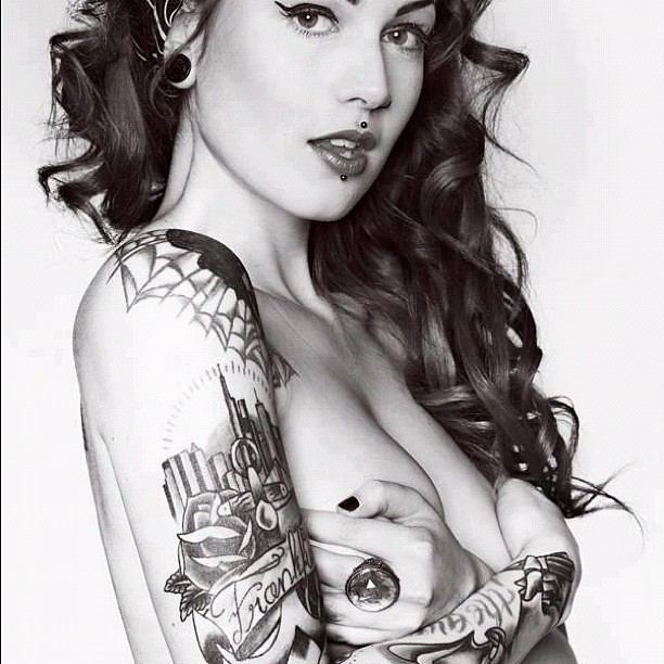 #tattoo #women #piercing #naked #breasts #hands #lips #bla ...