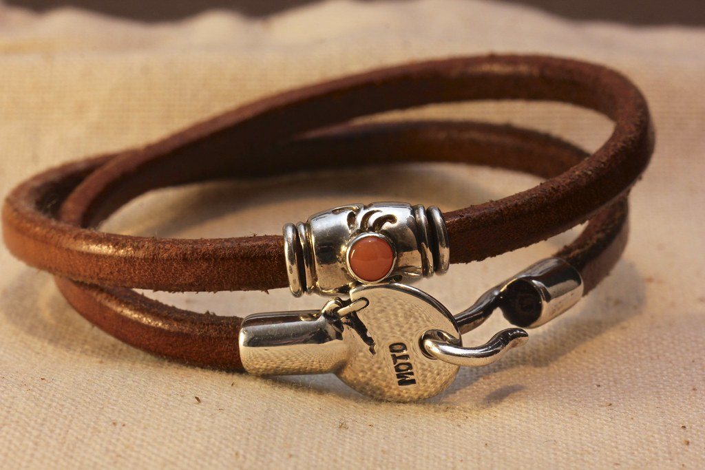 Inhorgenta 2012 – leather bracelets