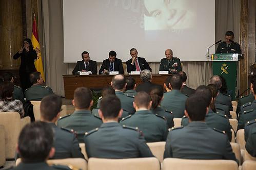 Presentado el curso de formaci n de atenci n a las persona for Ministerio del interior horario de atencion