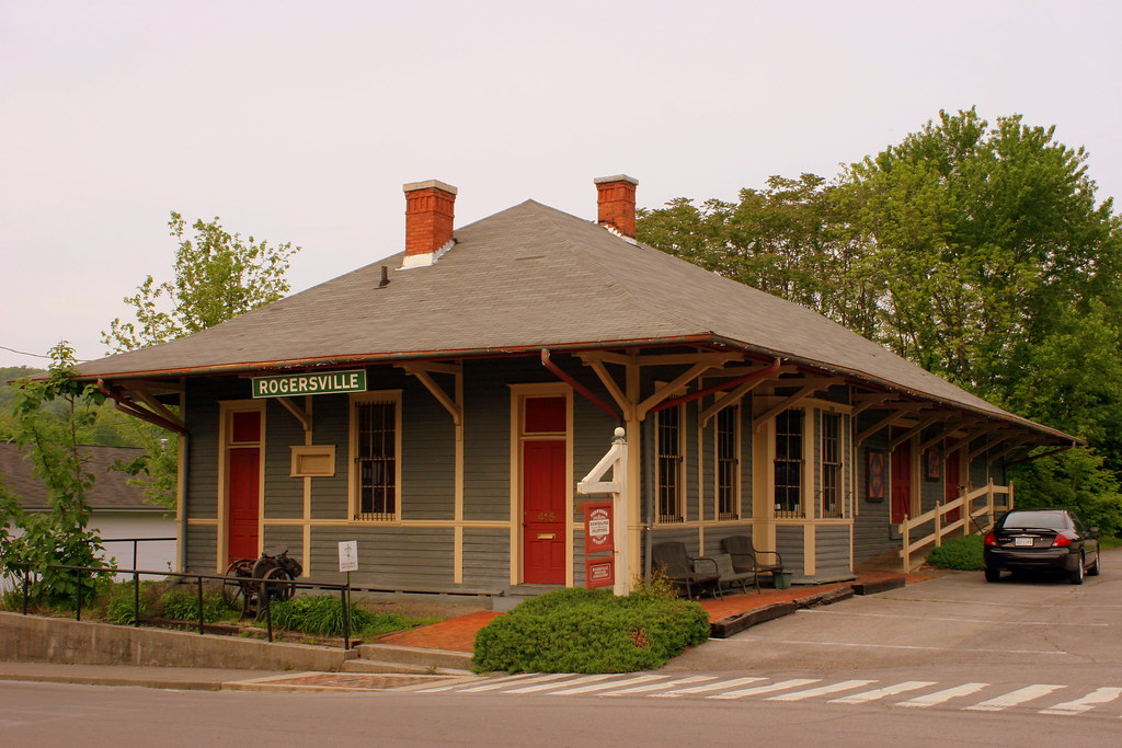 Rogersville Tn Passenger Station This Well Maintained