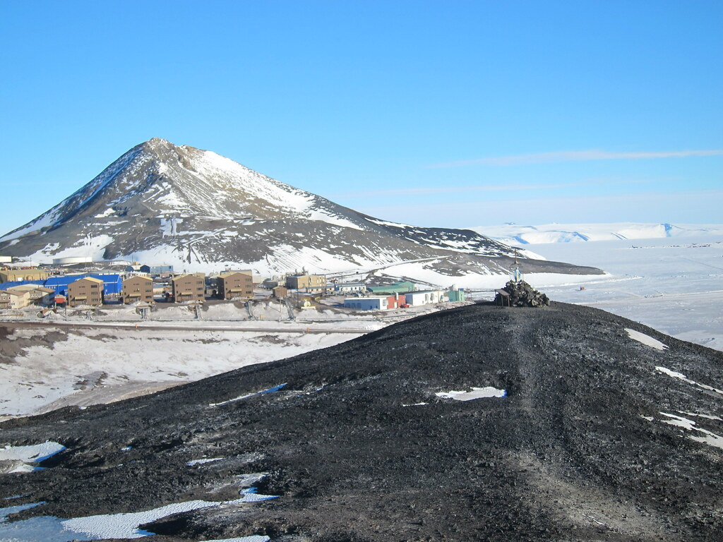mcmurdo station girls Surveyor supervisor in mcmurdo station, more requiring an active security clearance find other pae defense and intelligence career opportunities on clearancejobscom.