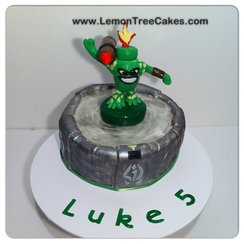 Skylanders Cake Pan
