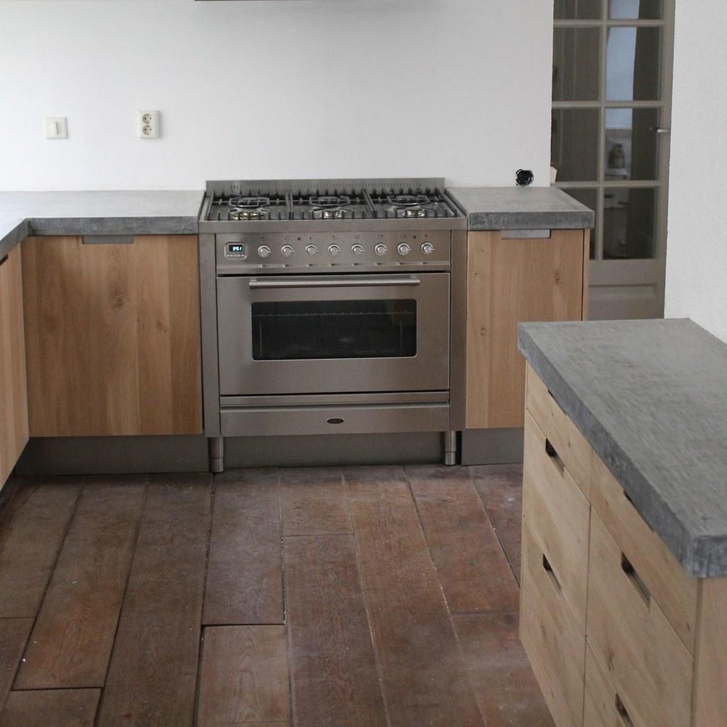 Houten Keuken Met Betonnen Blad : Koak Design Massief eiken houten keuken met ikea keuken ka? Flickr