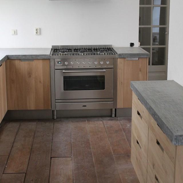 Houten Keuken Ikea Kind : Koak Design Massief eiken houten keuken met ikea keuken