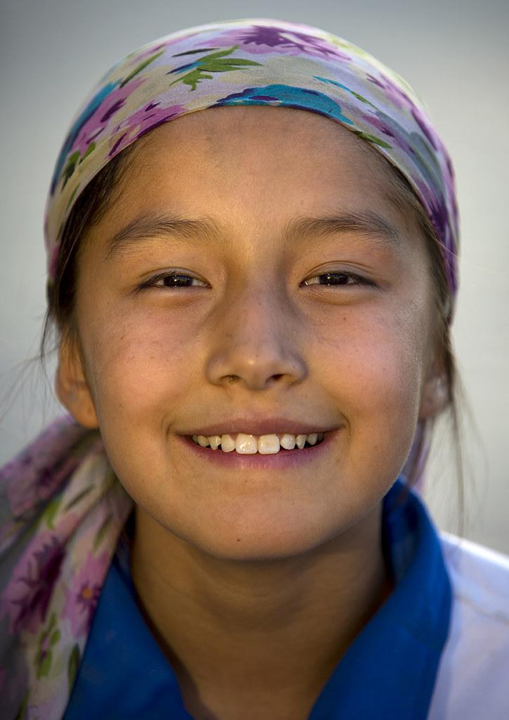 Young Uyghur Girl, Yarkand, Xinjiang Uyghur Autonomous Reg