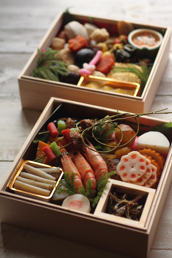 osechi these boxes for new year 39 s table were delivered to flickr. Black Bedroom Furniture Sets. Home Design Ideas
