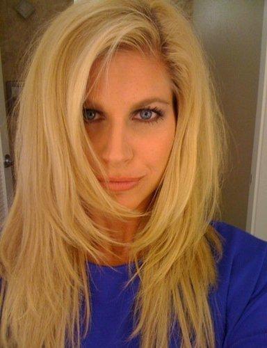 blonde lesbian porn galleries