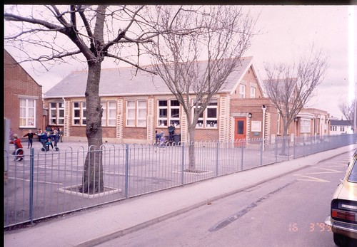 Pokesdown Community Primary School Livingstone Rd Bourne