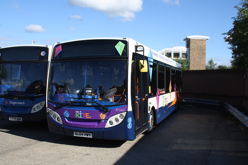Stagecoach South 37262 SL64HWV
