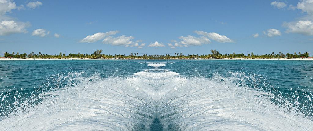 Escenas del caribe 90 piscinas naturales fiesta en for Piscinas naturales juan adalid