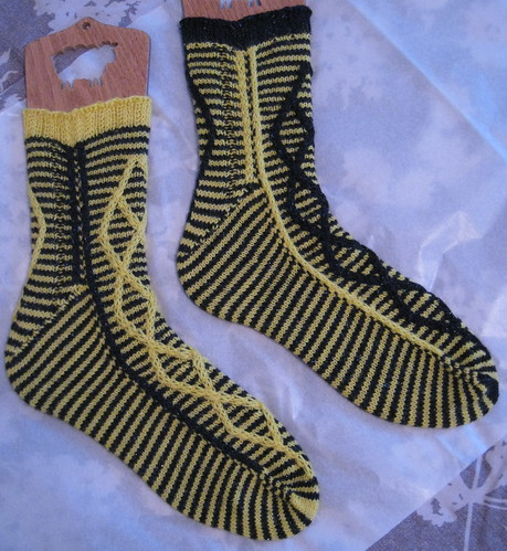 Crosswired Hufflepuff socks | by mediaperuana