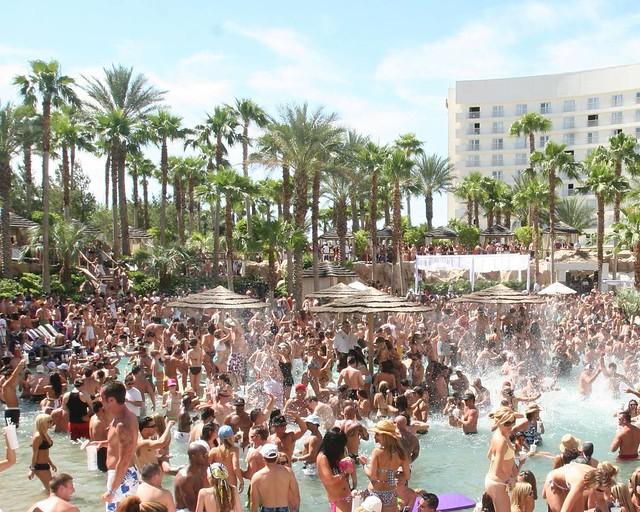 Las Pool party de Las Vegas, una de las cosas más divertidas que hacer en la Costa Oeste de EEUU