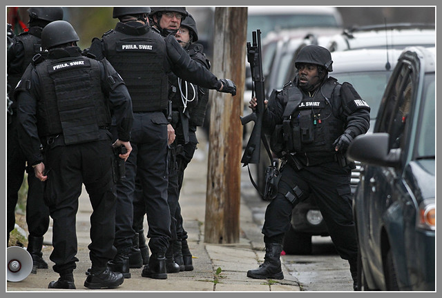 Photo: Philadelphia police and SWAT team ...