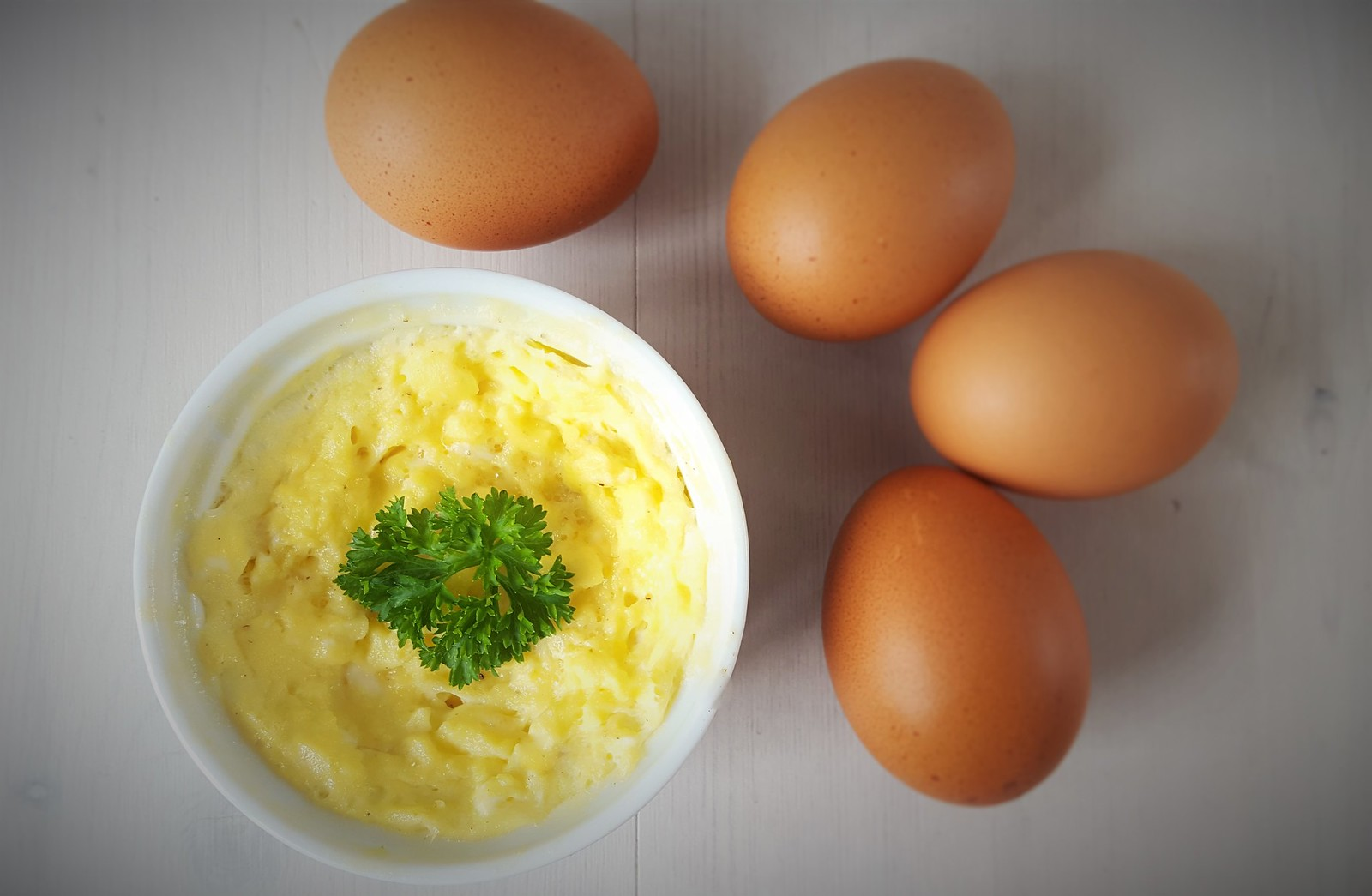 Recipe for Homemade Microwave Scrambled Eggs
