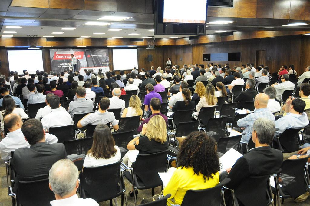 Cerca de 350 empresários e gestores participaram do Fórum (Gladyston Rodrigues/Sinduscon-MG)