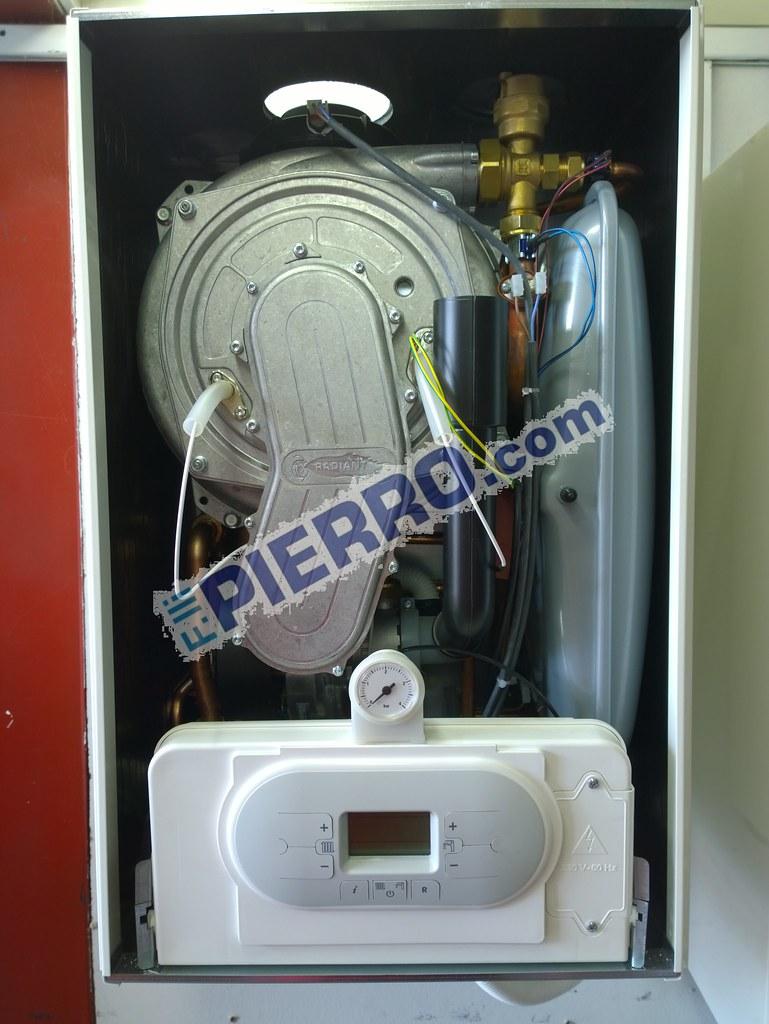 caldaia Radiant condensazione r2k (6) | Caldaia condensazion… | Flickr