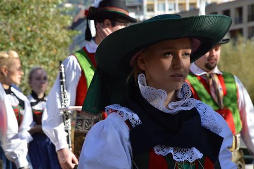 Il grande cappello mirella furlanello bildnachweis for Azienda soggiorno merano