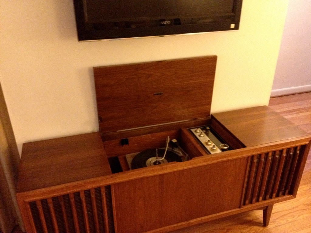 Zenith x926 stereo console restoration restoration of a for What is console