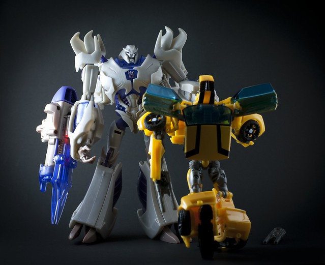 Megatron vs Bumblebee | Flickr - Photo Sharing!